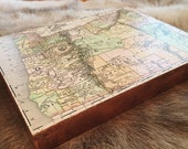 "Oregon 1884 Vintage Map on Canvas, 9x12"" with bronze leaf edges"