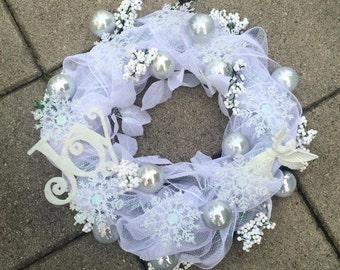 white mesh wreath