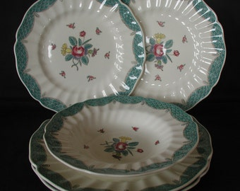 Royal Doulton Lowestoft Bouquet Part Dinner Service