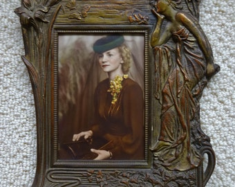 Amazing Ornate Vintage Metal Picture Frame