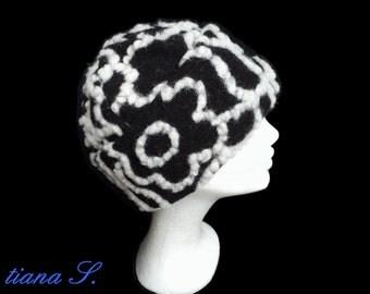 "Hat ""Anastasia"", Loden, wool, black-Ecru, Gr. l"