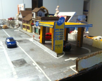 Miniature French Gas Station 1:65 scale