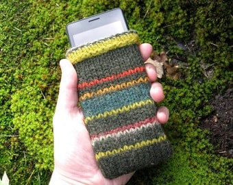 Handknit Phone Cozy
