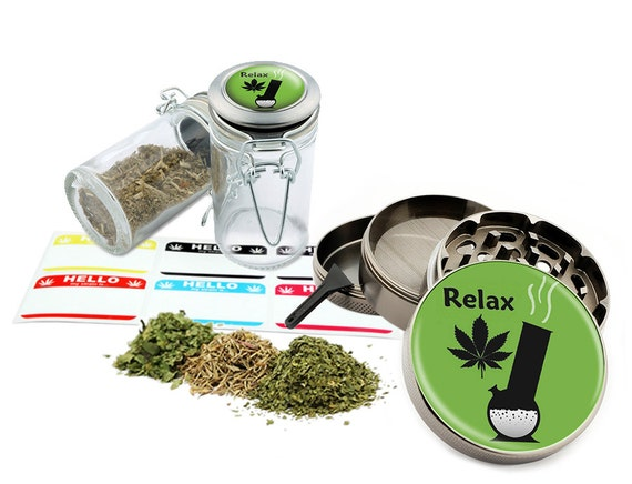 "Relax - 2.5"" Zinc Alloy Grinder & 75ml Locking Top Glass Jar Combo Gift Set Item # 50G21916-2"