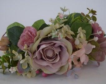 Dusty pink bridal flowers crown, Roses  Berrys  Flowers , Rustic wedding, Hair Accessory,  Bridal headband, Beauty, Boho