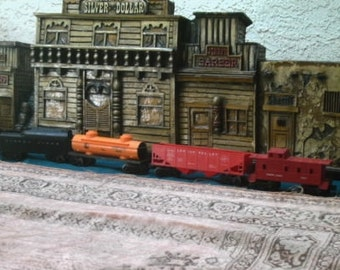 Vintage Lionel Locomotive Post War Train Set 246 with 4 cars