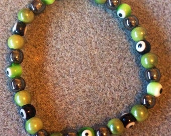 Magnetic Green & Black 'Evil Eye' Bracelet!!