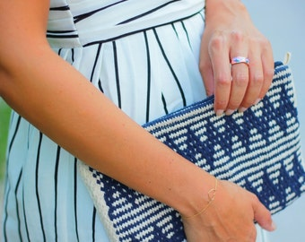 Woven pouch Frenchie