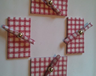 Set of 4 Placemats with Napkins & Rings - Red/White Gingham/Gold or Silver