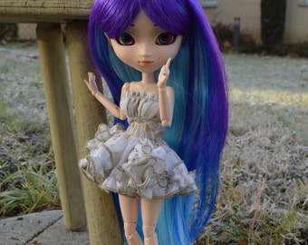 Dress froufrou for Blythes