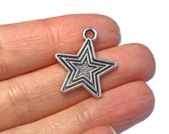10 x Silver Star Charm, antique silver tone