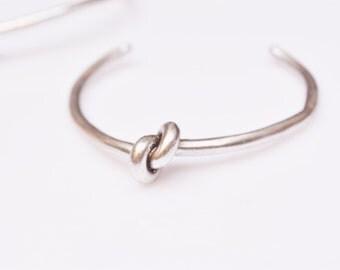 knot bracelet,silver open bracelet,bridesmade gift,cuff bracelet,statement bracelet,adjustable bracelet