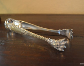 1800's - Old Sugar tongs with lion's feet
