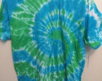 Adult Medium Blue/Green Tshirt