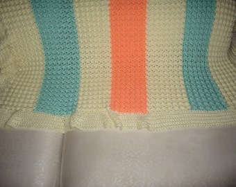 Crocheted baby blanket, lap blanket, soft, cuddly blanket