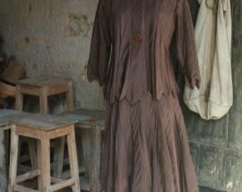 Skirt and jacket set ties silk