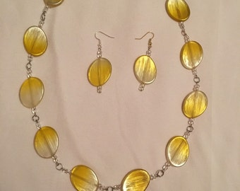 Lemon yellow earrings and necklace set