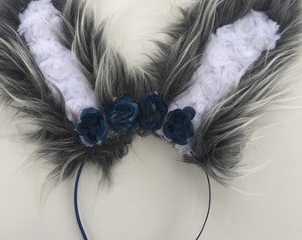 Wired Bunny Ears with Flowers