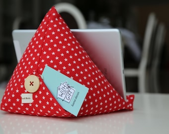 iPad /Kindle / e-reader stand with stars - Tablet pillow - iPad cushion - Gift Idea