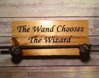 Harry Potter Wand Display W/ Owl Holder