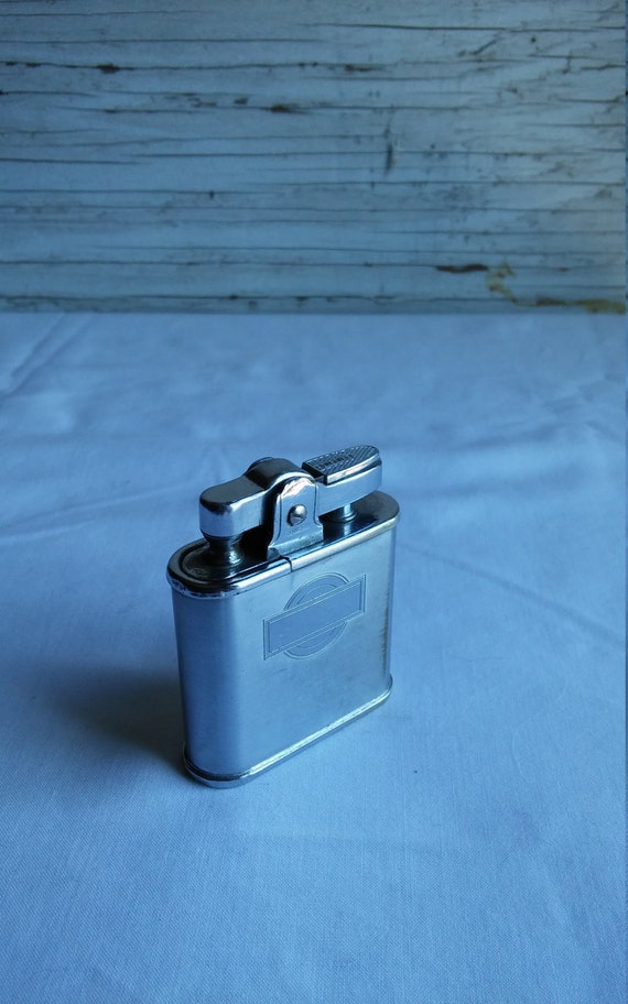 """Vintage 1940s Ronson """"Whirl Wind"""" Lighter.  USA Pat. 19023. Nice Used Condition"""