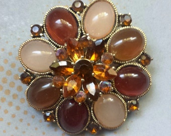 Vintage Costume Jewelry Brooch