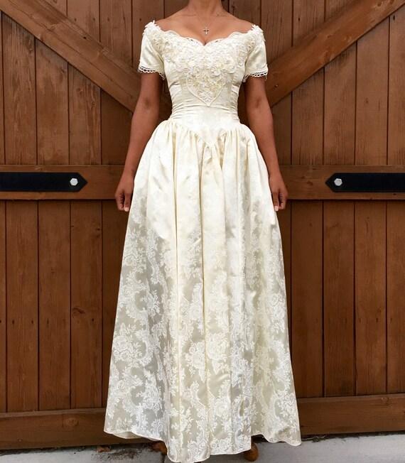 Vintage Jessica McClintock Wedding Dress