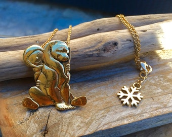 Golden necklace Nanuq