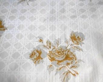 "ON SALE Vintage Hollywood Regency 55"" Gold Wedding floral rose VINYL textured diamond Geometric Wallpaper Roll retro kitchen retro decor"