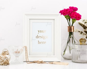 Styled Stock Photography - White Styled Frame - Print Display - Frame Mockup - 0014