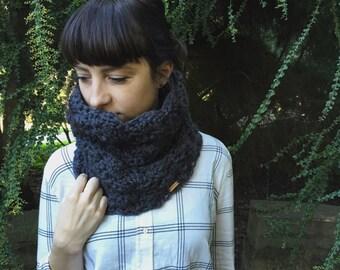 Chunky Infinity Scarf, Bulky Crochet Scarf, Grey Infinity Scarf, Dark Grey Knit Scarf, Chunky Neck Warmer, Knit Scarf, Crochet Scarf