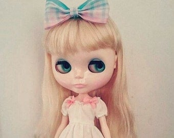 Bunny Cat Dolly - Ribbon Bow Knot Handmade for Blythe # Baby Pink and Baby Blue Gingham Check