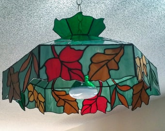 Tiffany lamp shade.Stained glass lamp.Hanging light.Leaf pattern.Nature  inspired.Ceiling lighting.Oak maple leaves.