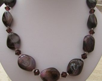 Pink Marble and dark pink bicone bead necklace