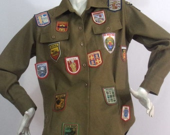 khaki military shirt with patches size M / L Airborne Brand