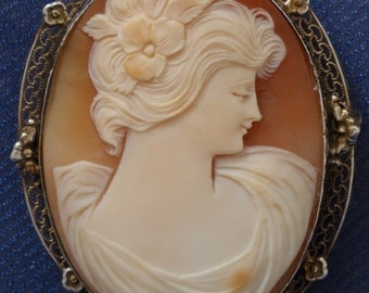 Cameo Victorian Vargas style pendant sterling