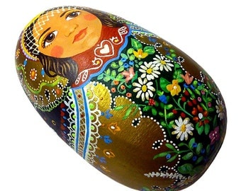 Heart Matryoshka Wood Egg