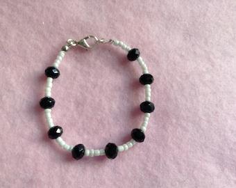 Black & White Beaded Bracelet.