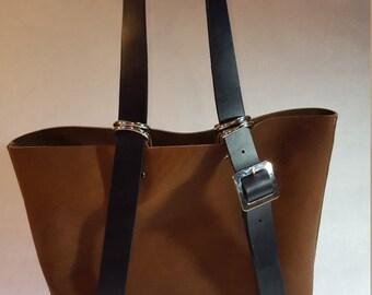 Leather messenger bag / backpack