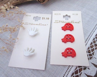 Car Buttons Red  Buttons     Plastic   Baby Buttons - set of 5.
