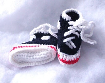 Vintage Converse style baby booties, knitted, handmade, black, white, red, infants