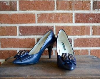 Vintage 1980's Studded Navy Pumps Womens size 9 80's Heels Navy Heels Vintage Pumps