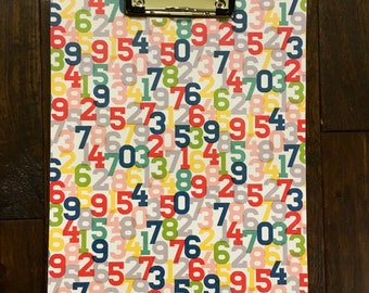 Clipboard-Modern Colorful Numbers with Dots