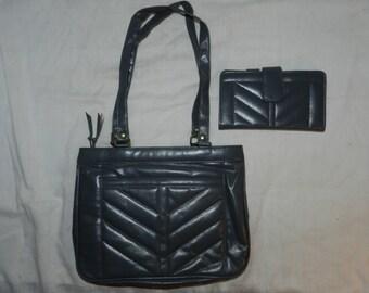 Vintage Ambassador Gray Vinyl Purse / Handbag / Pocketbook with Matching Wallet - Both unused - Retro Ladies Fashion                    45-3