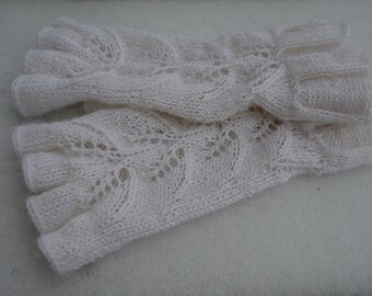 Knitted whites mittens, arm warmers, Fingerless mittens, Fingerless gloves, Wrist warmers