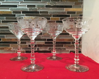 Set of 4 Floral Etched Drinking Glasses