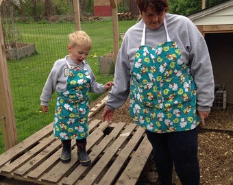 Egg Gathering Apron, Mommy and Me, Nana and Me, Adult Egg Gathering Apron, Child / Toddler Egg Gathering Apron, Chores, Handmade, Farming