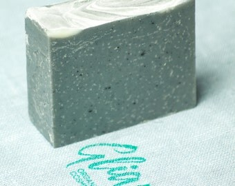 Handmade natural charcoal bar soap SLS free organic by Gliara (™)