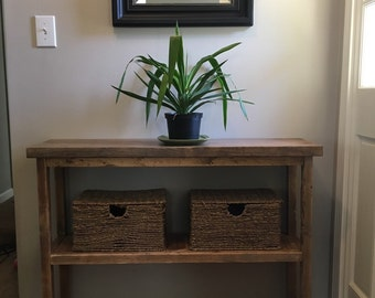 Simple Entry way table