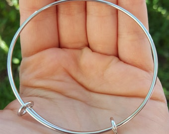 1 Stainless Steel Expandable Bangle Bracelet Q00920